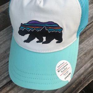 952f14416b0 Patagonia Accessories - Patagonia Women s Fitz Roy Bear Trucker Hat
